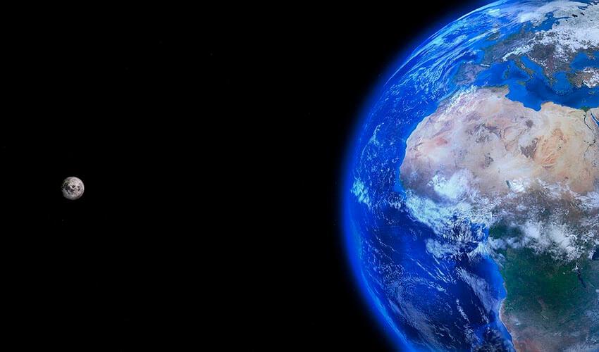 ¿Cuál es la distancia que hay entre la tierra y la luna?